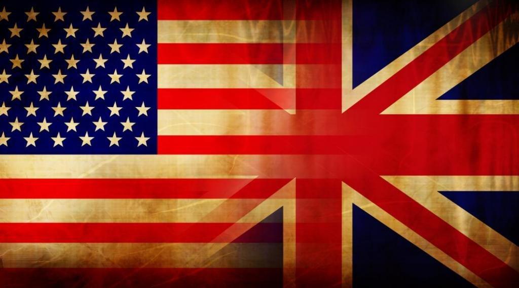 американский и британский флаги