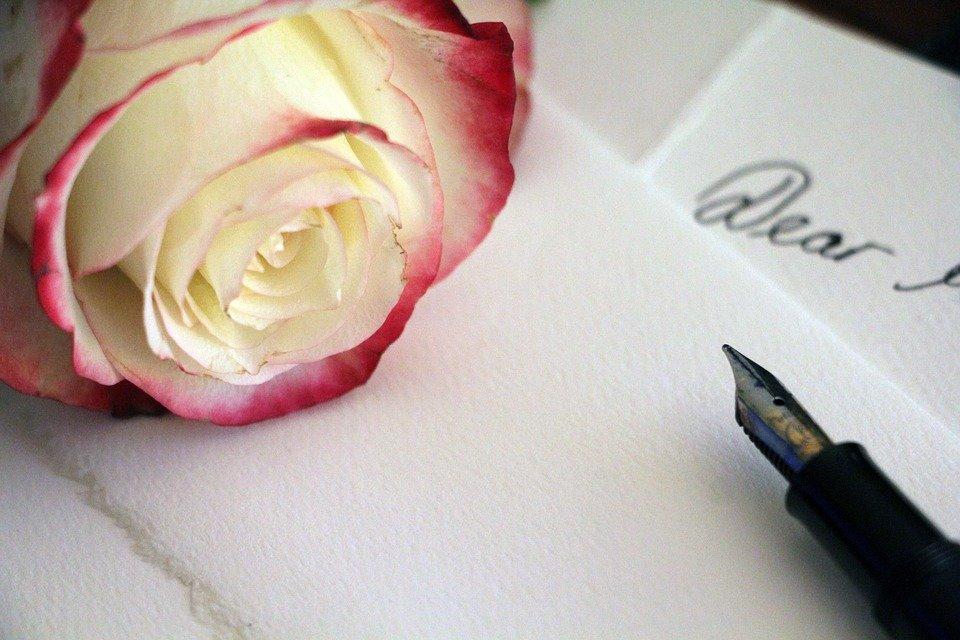 Роза на письме